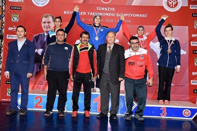 Osmangazili Tekvandocu Türkiye İkincisi