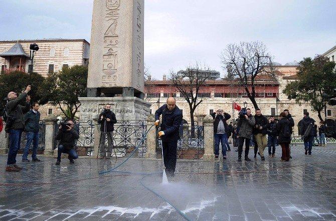 Sultanahmet Meydanı Normale Dönmeye Başladı