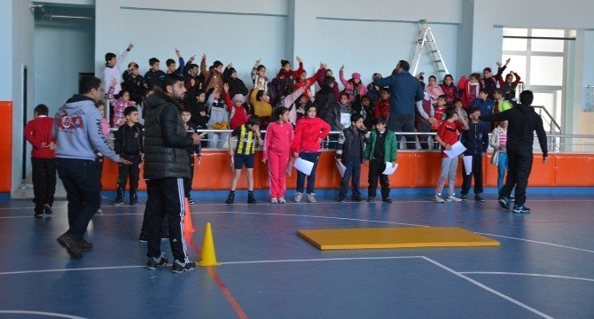 Tatvan'da Sporcu Seçmeleri