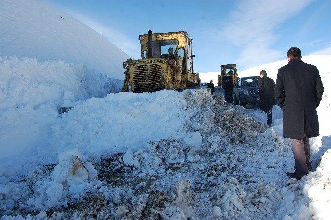 10 Gündür Kapalı Olan 9 Köy Ve 22 Mezranın Yolu Açıldı