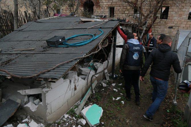 Sur dibindeki barakaların tümü yıkıldı