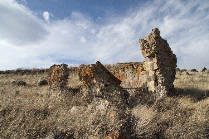 Akçakale Adası'nın 5 Bin Yıllık Tarihi Araştırılıyor