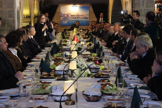 Anadolu Lezzetleri Buluşması Gaziantep'ten Başladı