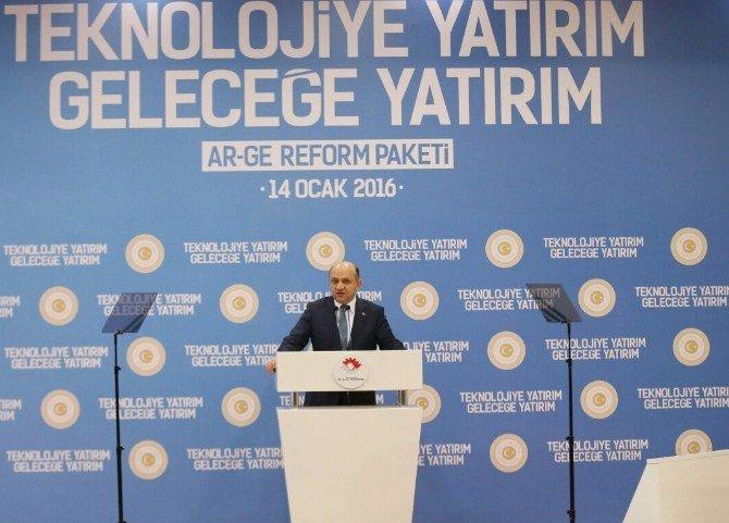 Davutoğlu, AR-GE Reform Paketi Tanım Programında Konuştu