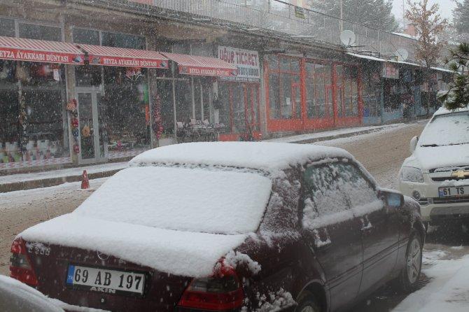 Bayburt'ta 30 köy yolu ulaşıma kapandı