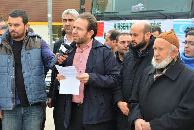 Bayırbucak Türkmenleri'ne Kırşehir'den 2 TIR gıda yardımı