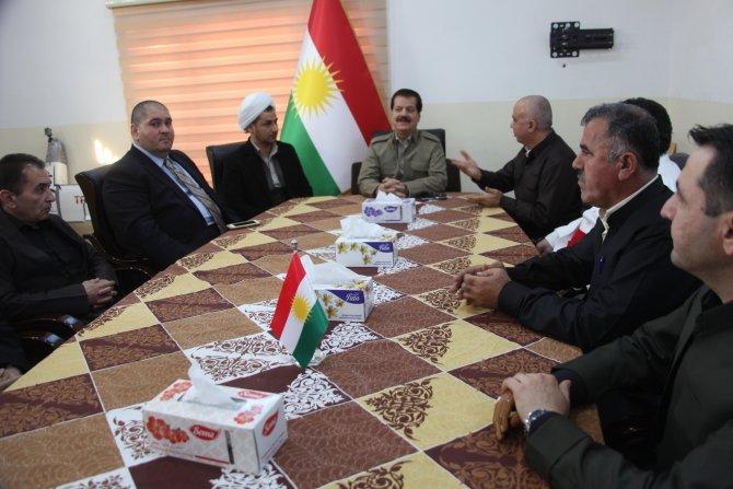 Gayrimüslim din adamlarından Kerkük'te Peşmerge'ye destek ziyareti