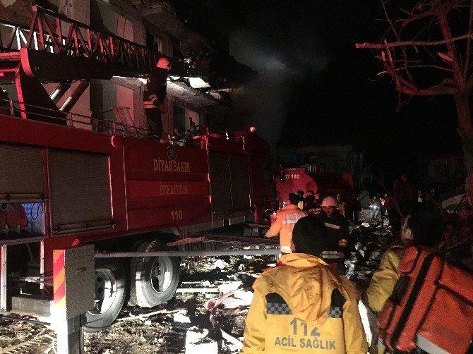 Çınar'da Eş Zamanlı Terör Saldırısı: 3'ü Çocuk, 23 Yaralı