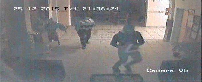 Liseden Bilgisayar Ve Tablet Çalan Hırsızlar Yakalandı