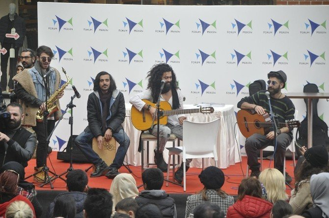 Forum Mersin'de Tuncay Kes İzdihamı