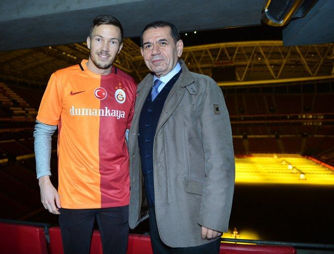 Martin Linnes: Galatasaray'ın ne kadar büyük bir kulüp olduğunu biliyorum
