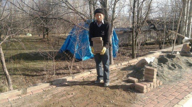 Hisarcık'ta Kilitli Parke Taşı Ve Bordür Döşeme Çalışmaları