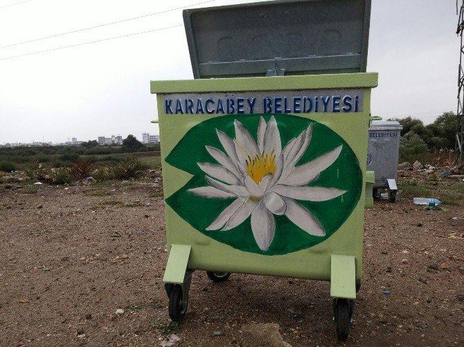 Karacabey'de Çöp Konteynırları Çiçek Açtı