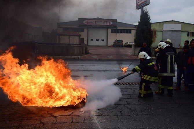 """Kayseri OSB İtfaiye Personeline """"1. Seviye Yangın Eğitici Eğitimi """" Verildi"""