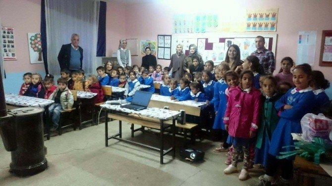 Kekliktepe İlköğretim Okulu Öğrencilerine Yardım Eli