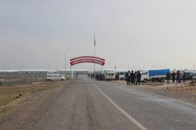 Sınırı Aşan Havan Mermisi Türkiye'ye Düştü, TSK Karşılık Verdi