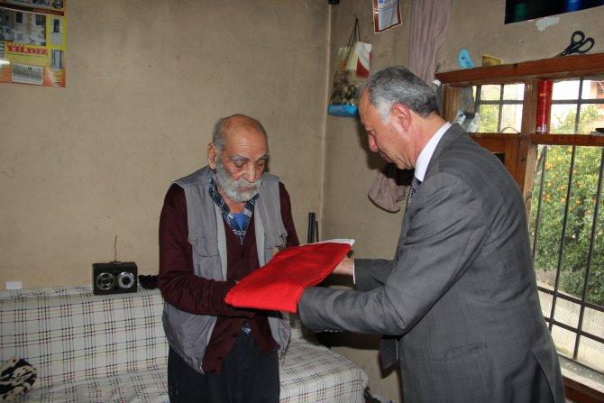 Kore Gazisine evinde vefa ziyareti