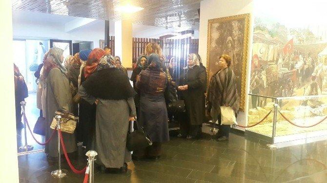 Akhisarlı Kadınlar Manisa'yı Öğreniyor