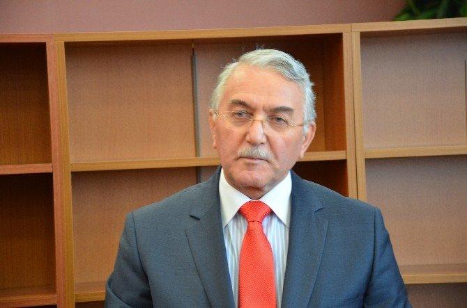 Bilecik Şeyh Edebali Üniversitesi Rektörü Prof. Dr. Taş Görevi Teslim Aldı
