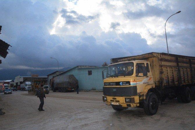 Osmaniye'de Ek Sanayi Sitesi'nin Yolları Yapılıyor