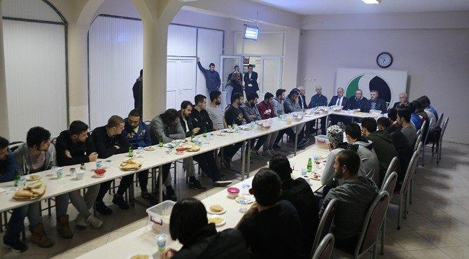 """Başkan Toçoğlu """"Şampiyonluk Şehrin Desteğiyle Gelecek"""""""