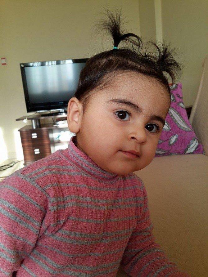4 yaşındaki kızı ile birlikte şehit olan polisin baba ocağına ateş düştü