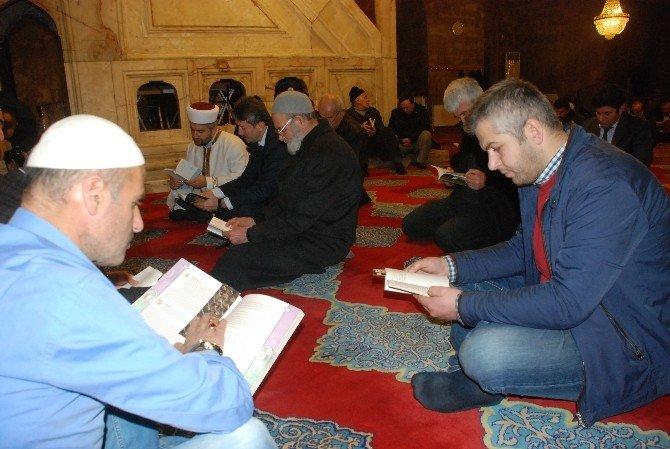 Camide Kitap Okuma Etkinliği