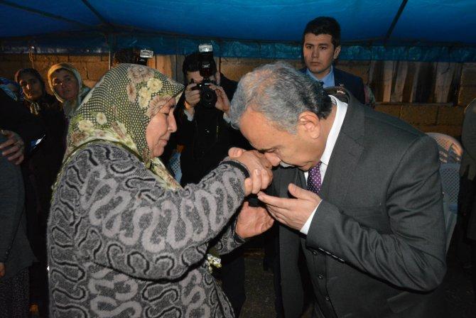 Şehit annesi validen oğlunun isminin camiye verilmesini istedi