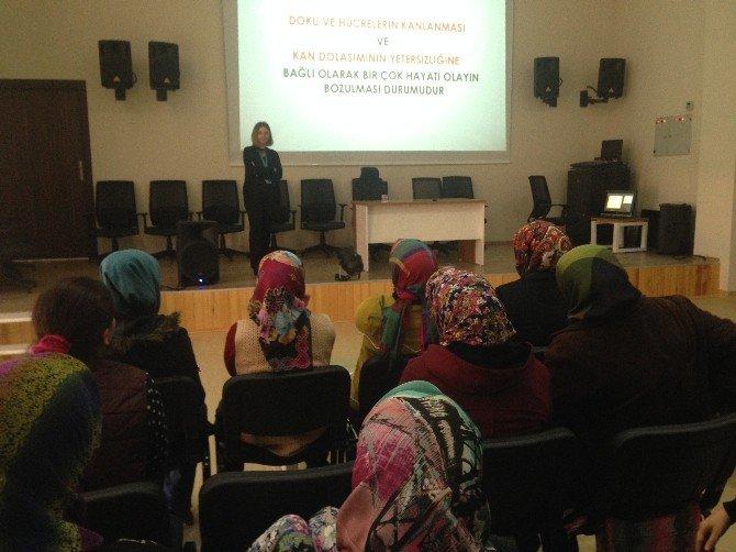 Bakım Merkezi Çalışanlarına Eğitim