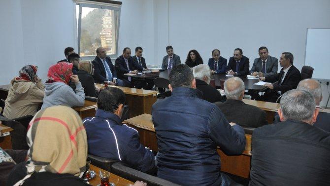 Başkan Uysal halk toplantısında sorunları dinledi