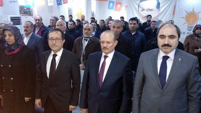 Edremit Belediye Başkanı AK Parti'ye Geçti