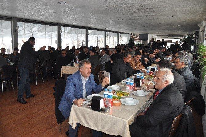 AK Parti Muş İl Başkanlığı'ndan İstişare Toplantısı