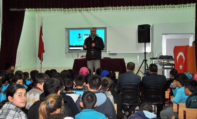 Akşehir'de Yazar Buluşmaları