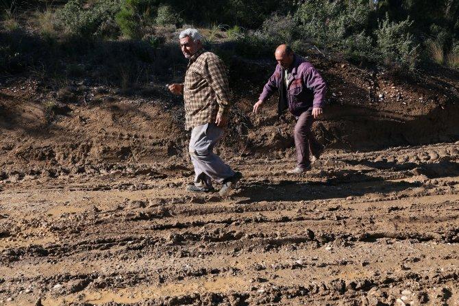 AK Parti'ye destek çıkmayan mahalle asfaltlanması, sakinler tepkili