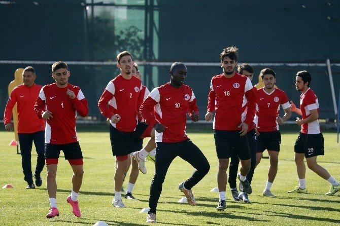 Antalyaspor'da, Medipol Başakşehir Maçı Hazırlıkları Başladı