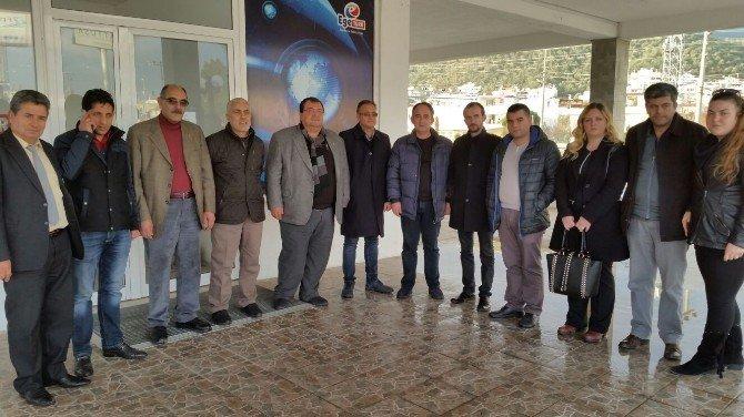 Balıkesir Gazeteciler Cemiyeti Başkanı Demir, Mühürlenen Ege Türk TV'yi Ziyaret Etti