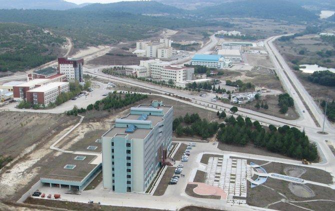 Balıkesir Üniversitesi Senatosu bildiriye imza atan akademisyenleri kınadı