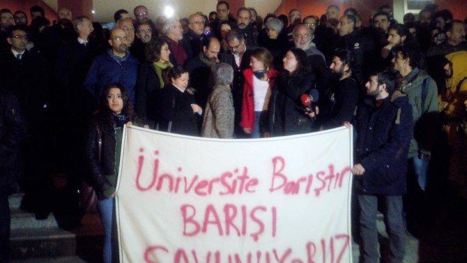 Kocaeli Üniversitesi'ndeki akademisyenler serbest bırakıldı
