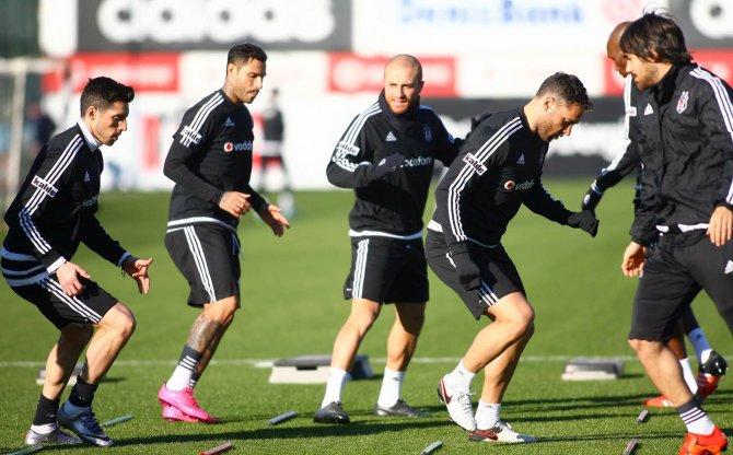 Beşiktaş, Mersin İdmanyurdu maçı hazırlıklarına başladı