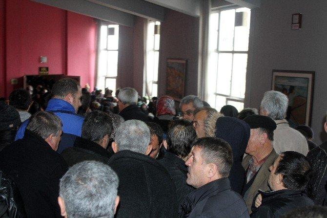 250 Lira Taksitli Ev İçin Kura İzdihamı