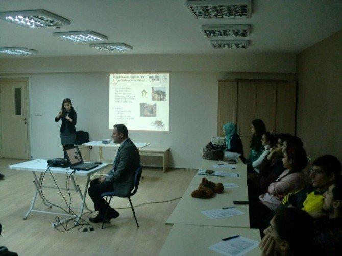 AFAD'dan İşitme Engelli Vatandaşlara 'Afet' Eğitimi