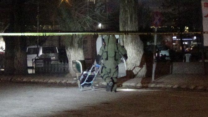 Iğdır Belediyesi yakınında şüpheli paket korkuttu