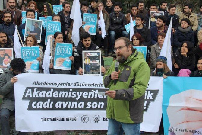 İstanbul Tabip Odası: Akademisyenlere yönelik cadı avına son verilsin!