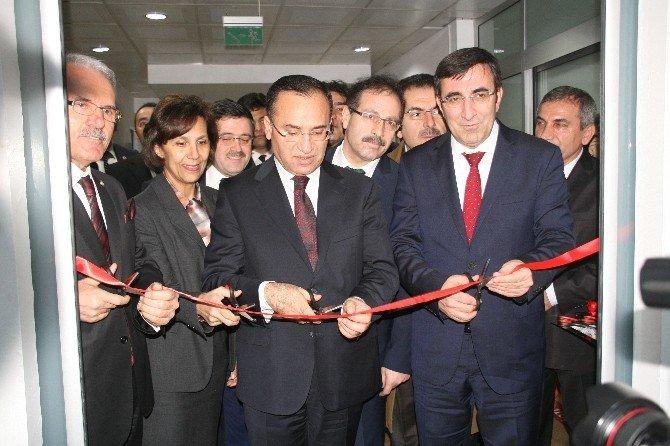 Bakanlar, Yenidoğan Ünitesinin Açılışını Yaptı
