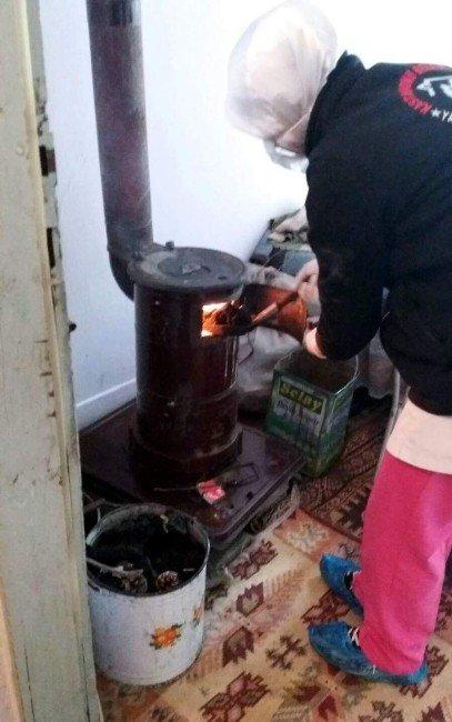 Kastamonu Belediyesi Yaşlıların Yüreklerini Isıtıyor