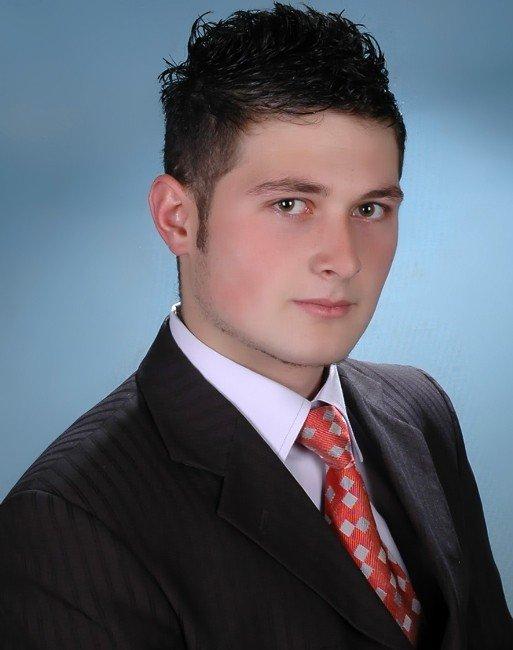 Trafik Kazasında Ölen Genç Toprağa Verildi