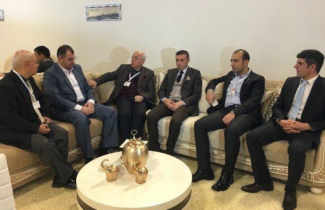 KTO Başkanı Mahmut Hiçyılmaz, İstanbul Mobilya Fuarı'nı Gezdi