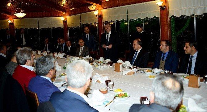 """Başkan Akyürek: """"Hep Birlikte Daha Büyük Başarılara İmza Atalım"""""""
