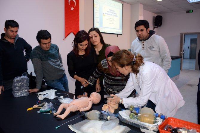 Muğla'da sağlık personeline yenidoğan transport eğitimi veriliyor
