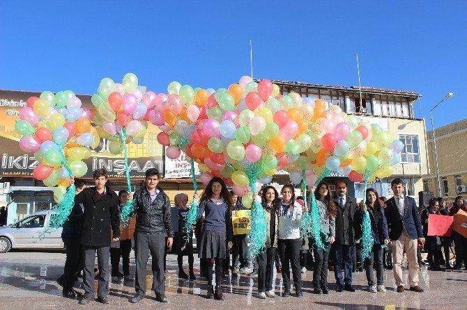 Öğrenciler, Kendi Adalet Balonunu Uçurdu